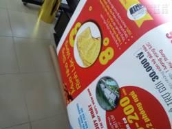 In poster quảng cáo chương trình giảm giá mừng Tết Dương Lịch từ chất liệu PP
