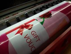 In thiệp mừng ngày Phụ nữ Việt Nam 20-10 dành cho người phụ nữ của bạn, in thiệp giấy art cao cấp
