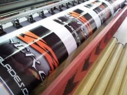 In hiflex băng rôn, khẩu hiệu cùng những lưu ý về thiết kế băng rôn cho in kỹ thuật số
