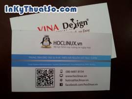 In name card trong suốt tiện dụng với mã QR code