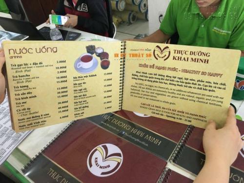 In menu bìa nhựa cao cấp làm menu lò xo tại In Kỹ Thuật Số