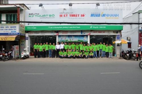 Khi bạn có nhu cầu in Decal quảng cáo, hãy đến ngay trụ sở Công ty TNHH In Kỹ Thuật Số tại 365 Lê Quang Định, Phường 05, Quận Bình Thạnh, TPHCM để trực tiếp đặt in nhanh chóng