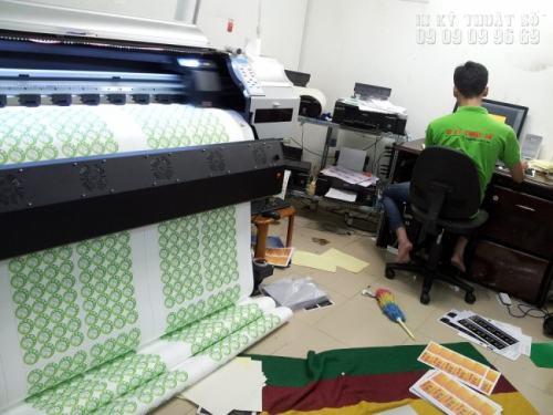 InKyThuatSo in Decal bằng máy in công nghệ mới được nhập khẩu từ Nhật Bản, cho bản in đẹp nhất