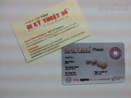 In thẻ nhựa làm thẻ hẹn cho phòng khám nha khoa, thẻ hẹn này thay cho giấy hẹn (dễ bị khách làm mất, khách sẽ không giữ lâu)