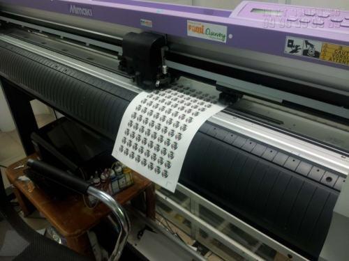 Hệ thống máy bế Mimaki cho chất lượng bế tem nhãn đúng chuẩn kích thước, thẩm mỹ cao, thỏa mãn nhu cầu cho khách hàng