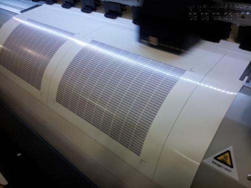 In decal giấy tấm lớn - in máy mực nước tại In Kỹ Thuật Số