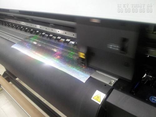 In tem rẻ 7 màu trên máy in hiện đại, tân tiên nhập khẩu từ Nhật Bản