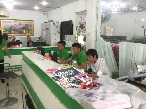 Đến ngay văn phòng công ty InKyThuatSo để được đặt in tem rẻ nhanh nhất