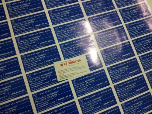 In tem decal nhựa sữa làm tem dán hàng hóa cho các công ty theo yêu cầu đặt in tại InKyThuatSo