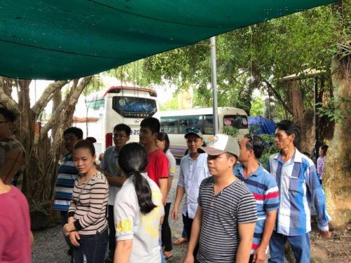 Công ty In Kỹ Thuật Số hoạt động xã hội cúng dường trai tăng và khuân đồ hộ các sư thầy tại Thiền Viện Trúc Lâm Phật Đăng vào ngày 28/5/2017