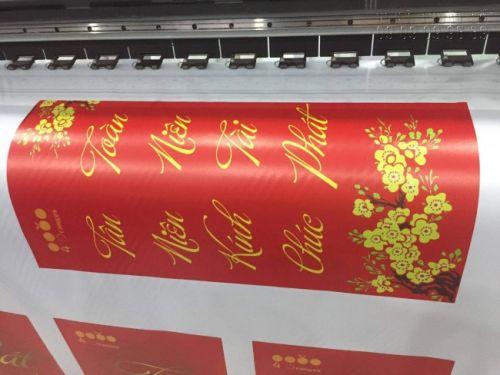 In Kỹ Thuật Số khổ lớn với chất liệu silk làm câu đối chúc mừng khai trương