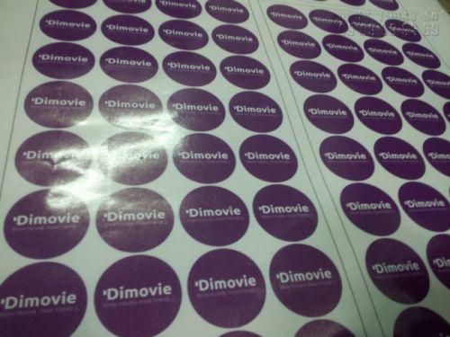 In tem decal sữa đa dạng kích thước, màu sắc, chúng tôi có hỗ trợ thiết kế theo yêu cầu của khách hàng
