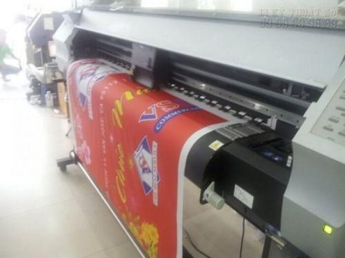 In silk làm phông nền tết tại công ty In Kỹ Thuật Số
