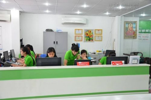 Đặt in áo thun giá rẻ tại TPHCM cùng In Kỹ Thuật Số - nhận tư vấn từ đội ngũ nhân viên kinh doanh