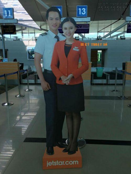 In PP cán support làm mô hình nhân viên hãng hàng không
