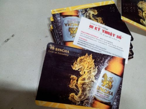 Bảng giới thiệu sản phẩm bia Singcha từ in PP bồi formex