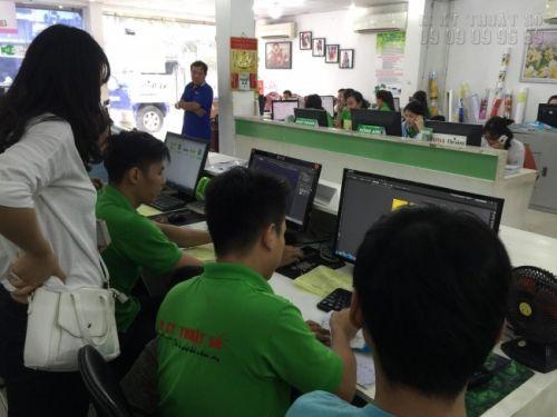 Trực tiếp đến 365 Lê Quang Định, phường 5, Bình Thạnh, HCM để đặt in UV phẳng
