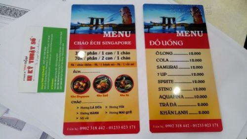 Hai mặt của menu nhựa PVC - được đặt làm với dịch vụ in menu nhựa TPHCM của In Kỹ Thuật Số