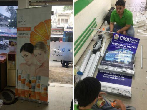 In poster giá rẻ HCM - Trọn gói thiết kế, báo giá in poster, lắp sẵn poster vào giá cuốn trưng bày