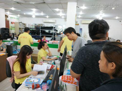Nhân viên kế toán bán hàng tại Công ty In Kỹ Thuật Số