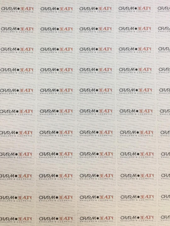 Tem bảo hành chữ nhật được sử dụng rất phổ biến vì thể hiện được nhiều thông tin bảo hành lẫn logo nhà sản xuất