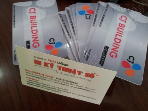 Thẻ từ thường được sử dụng để làm thẻ ra vào tòa nhà, giúp thắt chặt an ninh.