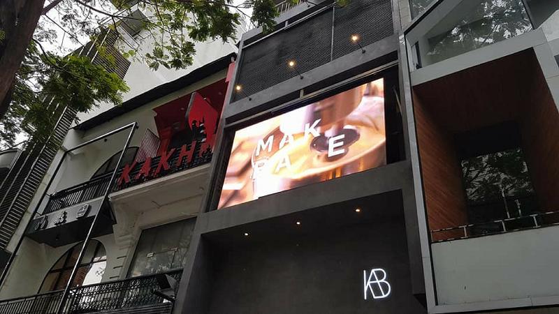Lắp đặt màn hình Led quảng cáo cho cửa hàng tại phố đi bộ Nguyễn Huệ, TPHCM