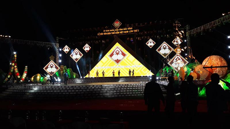 Cho thuê màn hình Led sân khấu lễ hội các tỉnh