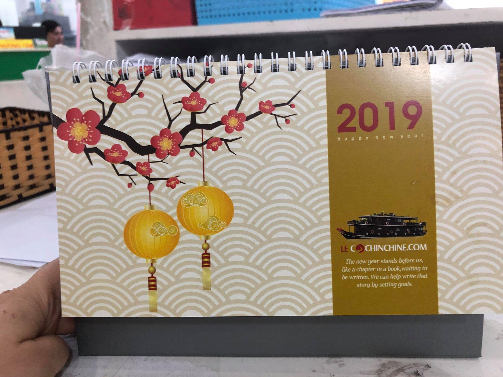 Thiết kế lịch để bàn, lịch bloc, lịch lò xo treo tường các loại tại InKyThuatSo