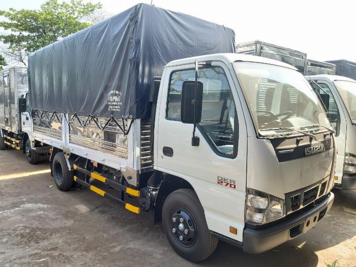Đặc điểm của xe tải Isuzu 2t4(3)