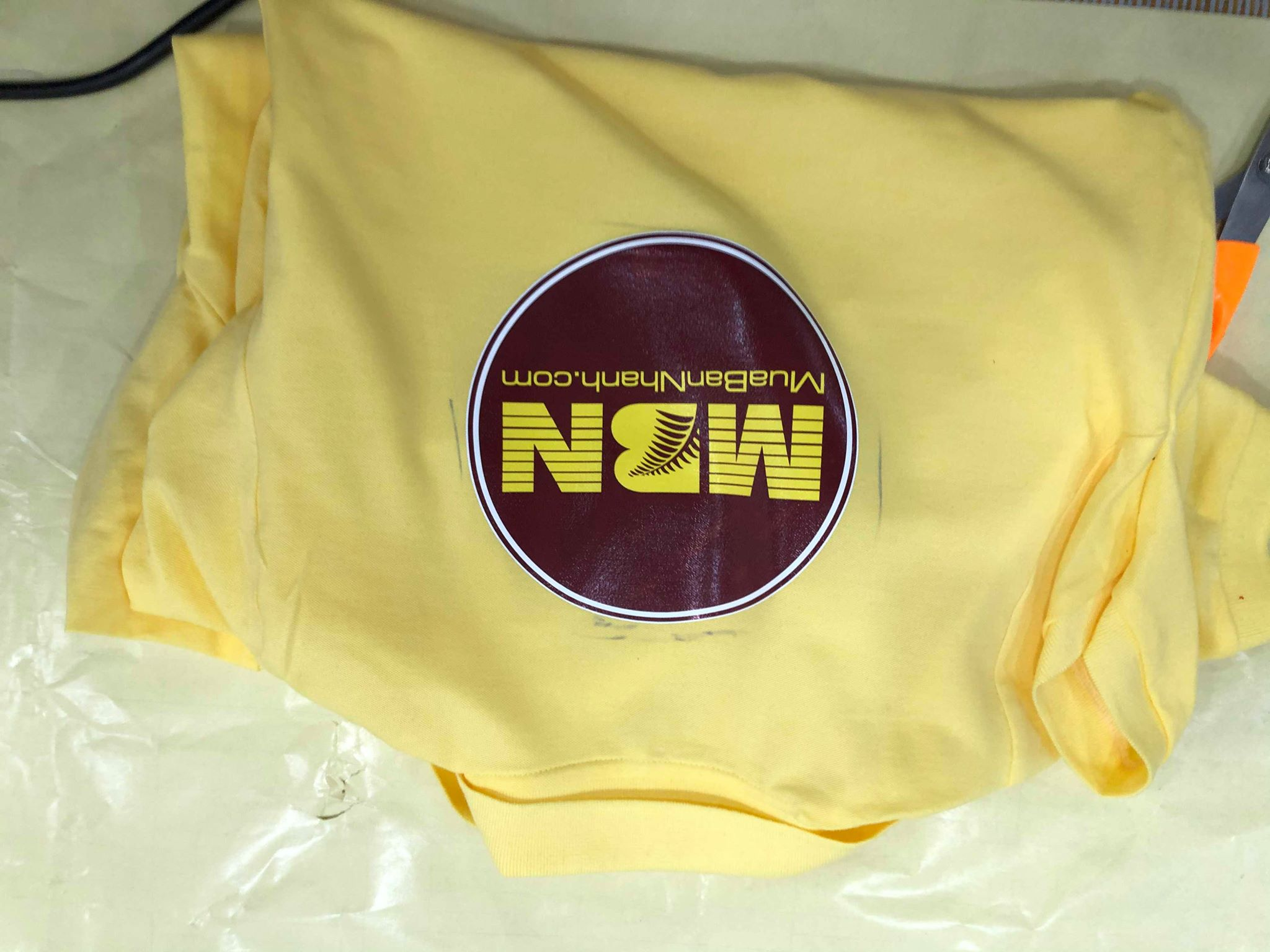 ứng dụng vải kate làm đồng phục