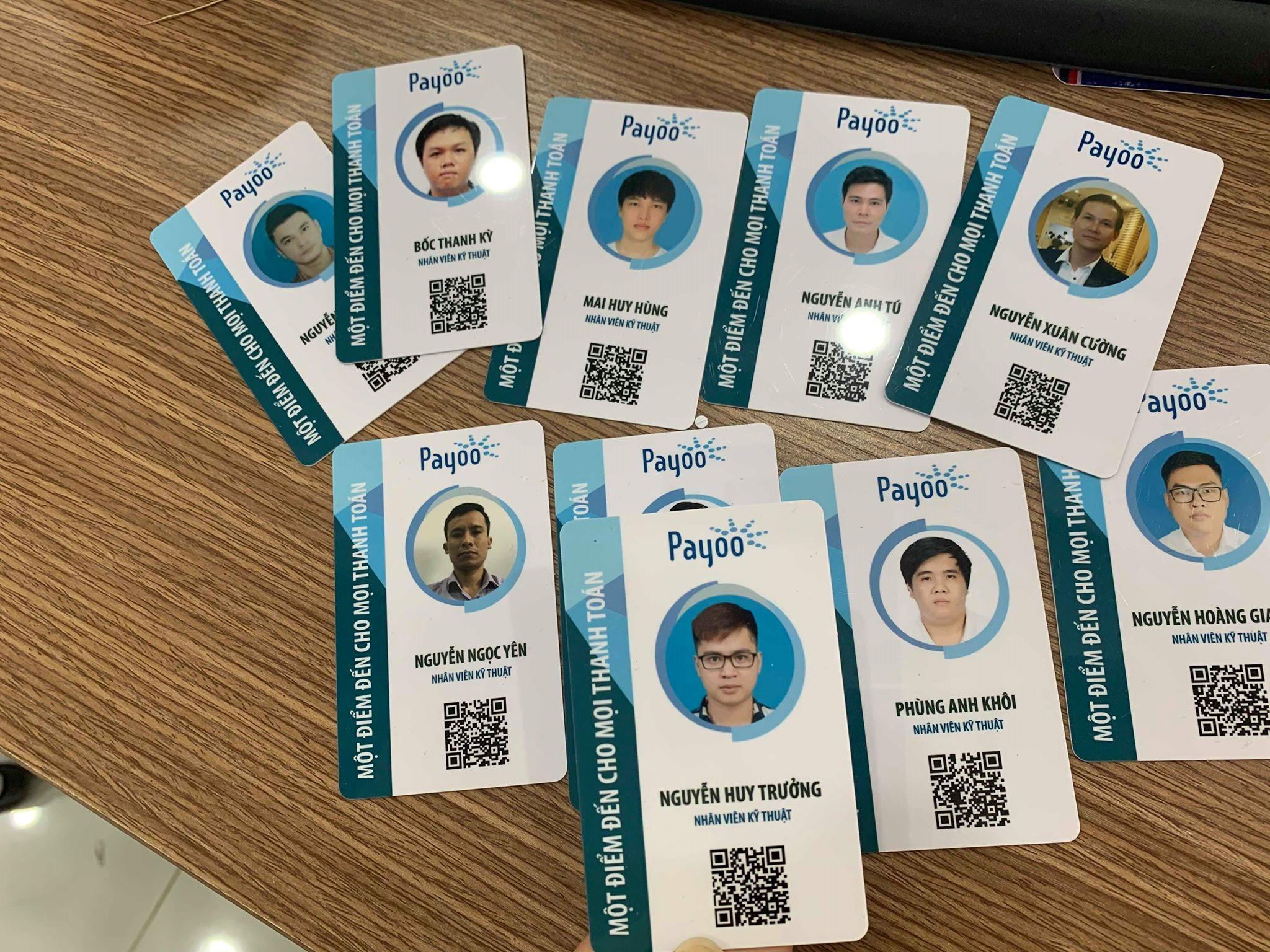 in thẻ nhựa nhân viên bằng chất liệu PVC